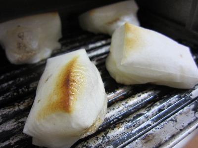 たいまつ食品の新潟県村松産 特別栽培米杵つきこがねもち