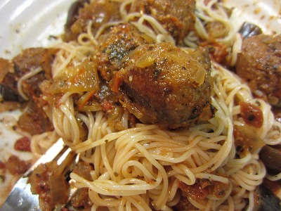 ショップチャンネルの境港うるめいわしの味わい団子とサンクゼールのトマトソースでイタリアン風素麺♪